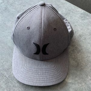 Excellent condition Hurley Phantom dry-fit cap